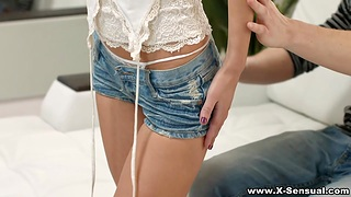 Teen girlfriend Angie Moon swallows big flannel and rides it en face