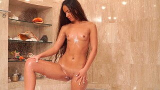 Sexy amateur Monica Brown loves fingering her pussy in be transferred to shower