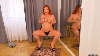 Redhead with curvy ass, pure mature solo fantasy