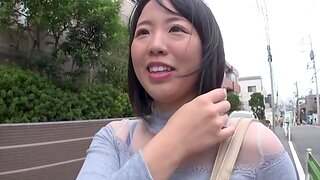 Cute Japanese day getting fucked in a homemade video