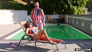 Jaw dropping cougar with quarter body Richelle Ryan is fucked by bald headed man