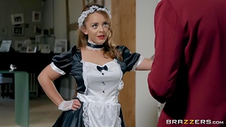 French maid in low-spirited uniform and stockings Liza Del Sierra takes cumshots on face