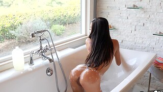 Remarkable Asian XXX nude porn with Vina Feel